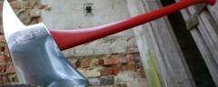 Пожарный топор из индустриальной эпохи